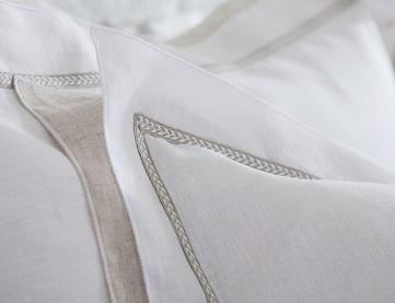 Bastide, 100% linnen, met borduring, (dekbedovertrek, slopen en lakens) Alexandre Turpault