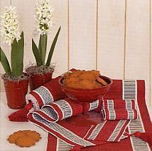 Elina tafellinnen, katoen, afgewerkt met brede boord, uni, weefsel met structuur, Nyblom (Zweden) (UITVERKOOP)