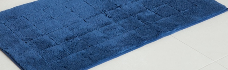 Exclusive, badmat, 100% kwaliteitskatoen, fleecy touch, hoogpolig, klassiek design met geruit binnenkader, geschikt voor vloerverwarming, geschikt voor de droger, met rubberiseerde onderkant, merk: Vossen (Oostenrijk)